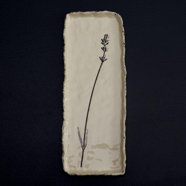 Platou handmade din ceramica.